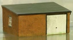 Hornby R9809 Garage outbuilding - reduced
